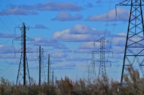 ציוד לתחנות כוח פרטיות ולחברת חשמל